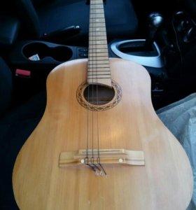Гитара.Возможен разумный торг