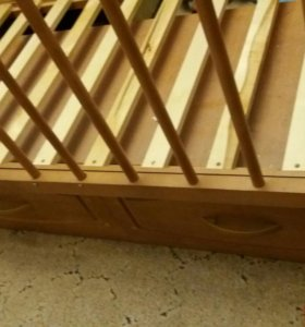 Кроватка с маятником и 2мя ящиками