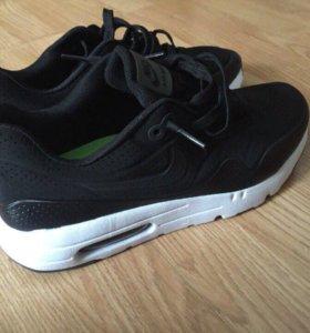Nike Air 87 Black