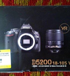 Зеркальная камера Nikon D5200 Kit 18-105mm VR