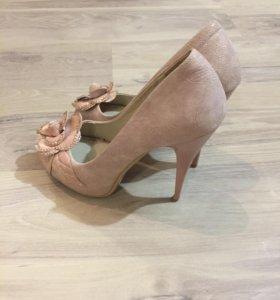 Туфли. 38-39 размер