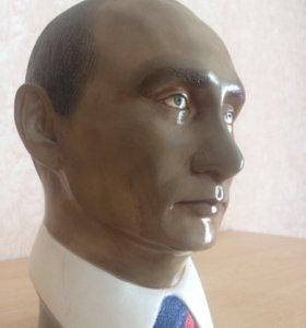 Бюст В. В. Путина