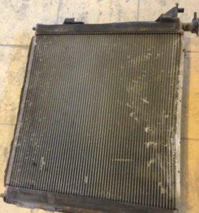 Радиатор дизельный на Hyundai Grand Santa Fe