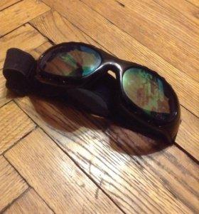 очки для молоциклиста или сноубордиста
