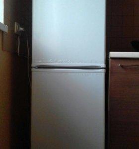 Холодильник Hansa FK 205,4