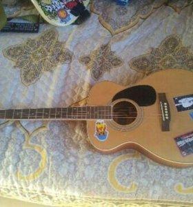 Гитара акустика