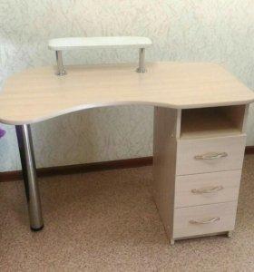 Маникюрный стол (новый)