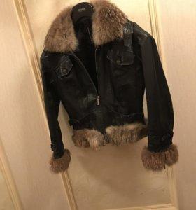 Кожаная куртка с искусственным мехом 46-48(L)