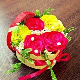Композиция с розами в коробочке