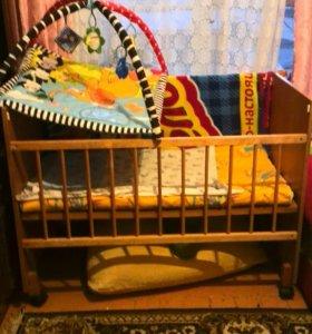 Кроватка с матрасцом