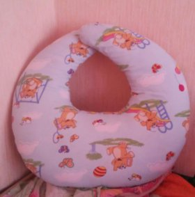 Новая подушка для кормления на липучке