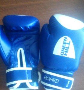 Перчатки боксерские и капа