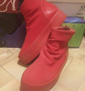 Ботинки обувь 37