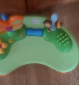 Столик для малышей
