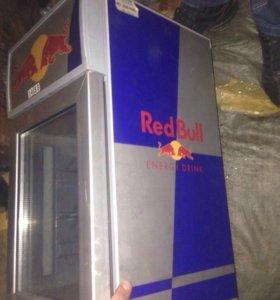 Мини холодильник Red Bull