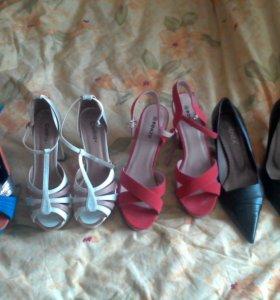 Туфли 38 - 39 размер любые за 500. Состояние новых