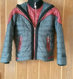 Куртка демисезонная на мальчика 6-9 лет