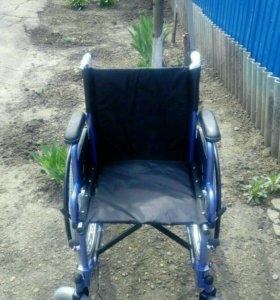 Инвалидная коляска до 90 кг.