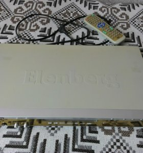 ДВД плеер Elenberg с функцией караоке