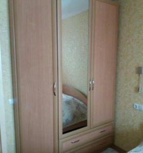 Кровать, комод, шкафый