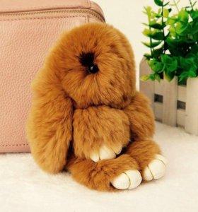Кролик , шарик брелок натуральный мех