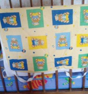 Кровать детская с матрасом и наматрасником