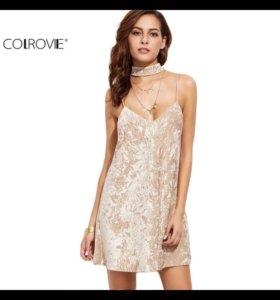 Сексуальное бархатистое платье Colrove