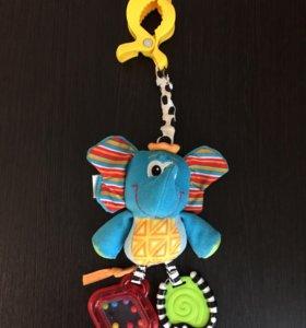 Подвеска погремушка на коляску playgro слон