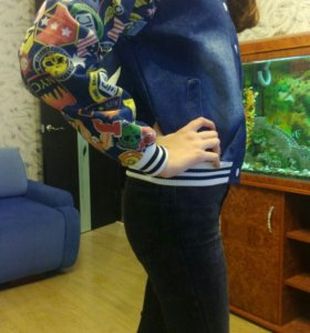 Бомбер джинсовый