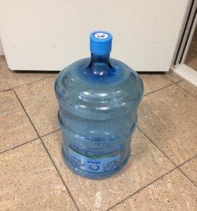 Бутыль пластиковая, 19 л. (б/у) без ручки.
