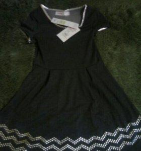 Платье новое 8-10 лет