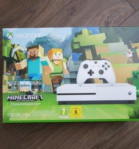 Xbox One S 500Gb + игра Minecraft