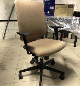 Кресло офисное FLEX D80