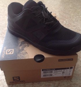 Salomon Outban Low