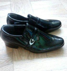 Туфли 25 р-р для мальчика. Новые