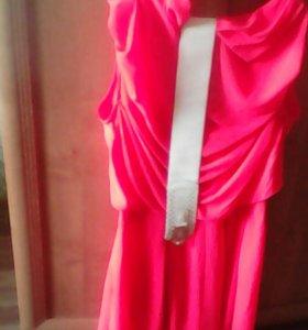 Платье 46р новое