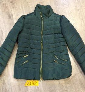 Новая демисезонная курточка 48