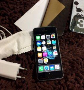 Продаю iPhone 5s оригинал