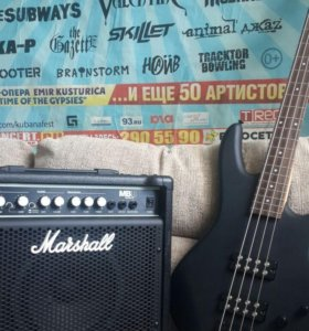 Басс-гитара Ibanez + звуковой усилитель Marshall