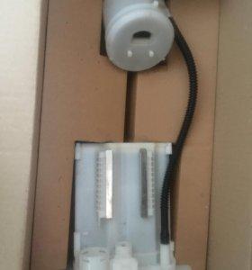 Топливный фильтр на тойоту короллу 2013 г. выпуска