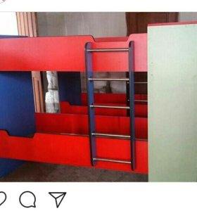 Двухъярусная кровать любого цвета