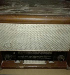 Радиопроигрователь.