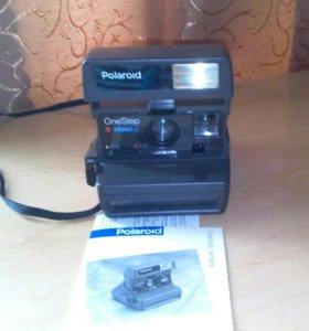 Фотоаппарат Polaroid-600.