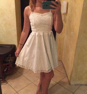 Платье летгее