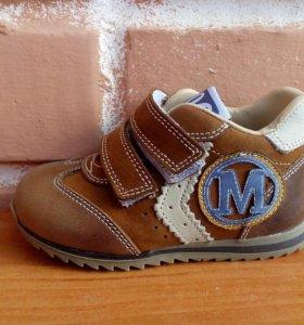 Кроссовки от ТМ Минимен р21,22 (новые)