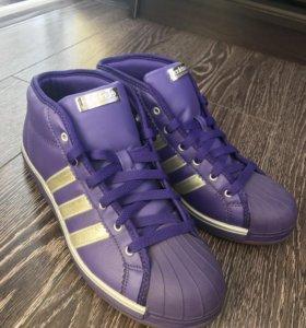 Фирменные кеды Adidas