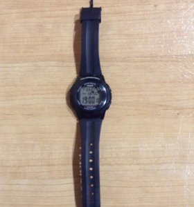 Часы :Casio F-200