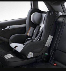 Автокресло детское Audi