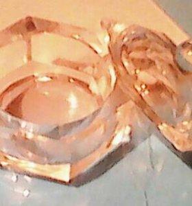 Чаша с крышкой для мономера