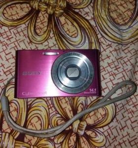 Цифровой фотоаппарат Sony Cuber-shot 14.1 megapix
